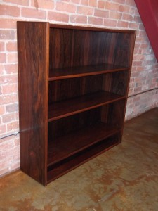 Gorgeous Mid-century Rosewood bookshelf – made in Denmark – shelves are adjustable – fantastic craftsmanship – perfect for in your home &/or office – outstanding color and grain – these beauties measure – 39.25″W x 11.25″D x 43.5″H – $625