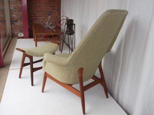 "Outstanding Mid-century modern ""Manta Ray"" lounge chair - SUPER RARE FIND - newly upholstered - comes with ottoman - love how the top just seems to float on the teak base - - $1350"