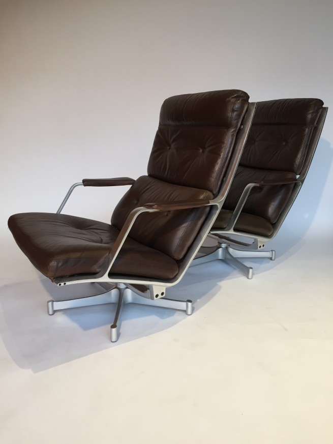 Ridiculously Exceptional lounge chairs - model FK Designed by Danish Duo Preben Fabricius & Jørgen Kastholm for Kill International - Germany circa 1968 - swivelling five-point cast aluminum base with their original supple leather that has been restored to it's former glory - very good vintage condition - a super RARE FIND - come by and try them out! - (SOLD)