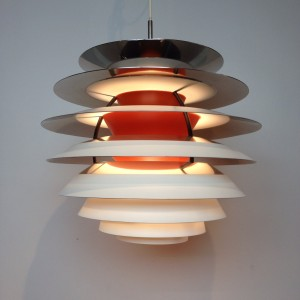 "Exceptional Mid-century modern ""Kontrast Pendant"" light designed byPoul Henningsen for Louis Poulsen - a Mid-century Masterpiece, a brilliant design with no glare light - the bulb in the center is adjustable vertically - due to this lamp being super complicated to make and expensive they stopped production in the seventies - very good vintage condition - (SOLD)"