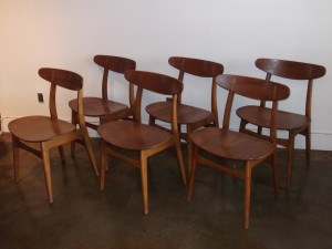 Special set of 6 chairs by Hans J. Wegner, circa 1955 (SOLD)