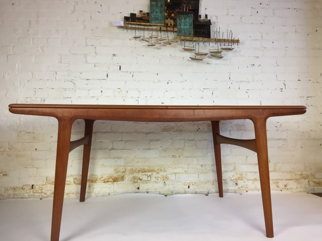 Mogens Kold - Made in Denmark teak draw-leaf dining