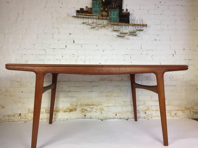 Mogens Kold - Made in Denmark teak draw-leaf dining