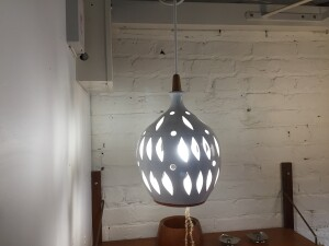 Stunning Mid-century Modern ceramic pedant light with a teak finial - lovely white glaze - would look fabulous in any style home :) (SOLD)