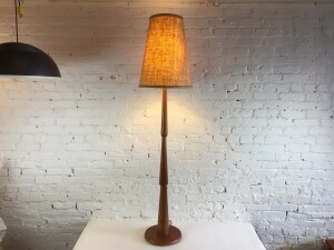 Spectacular Mid-century Modern Classic teak floor lamp - this beauty would look incredible in any modern environment - comes with it's original vintage shade - it stands -
