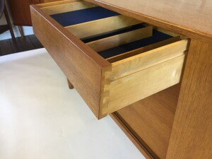 excellent quality craftsmanship - dovetailed drawers - a sliding built in tray (SOLD)