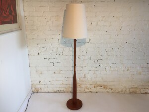 Gorgeous Classic Mid-century Modern teak floor lamp - comes with a new custom Italian linen shade - gives off an incredible glow and perfect for beside your favorite reading chair - stands - (SOLD)
