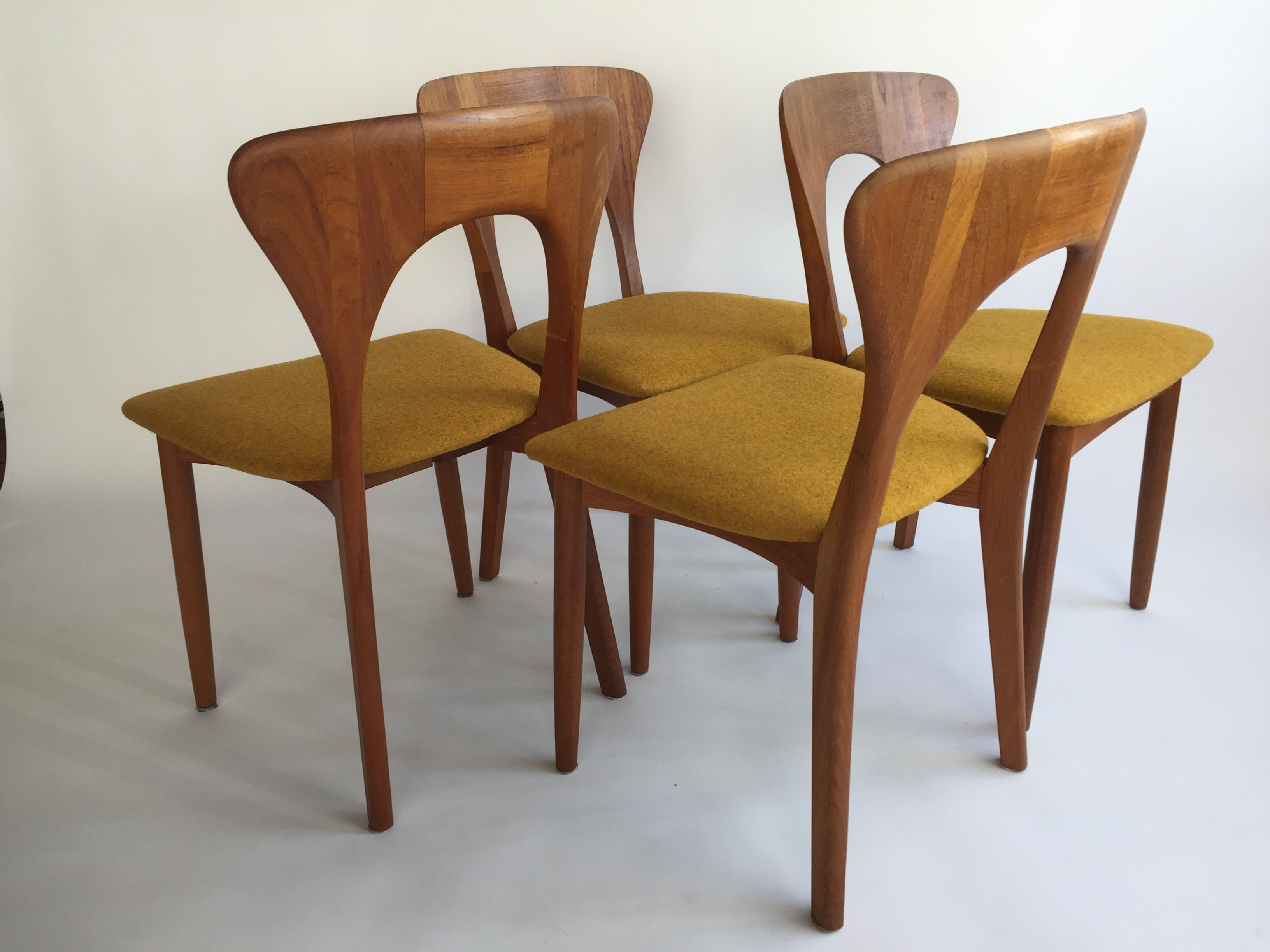 The Fabulous Find Mid Century Modern Furniture Showroom In
