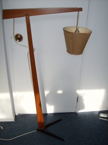 Stunning Mid-century modern teak floor lamp with a iron base - WOW - SOLD