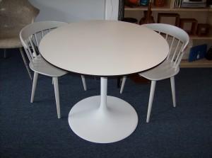"Picture this fabulous vintage tulip table in your kitchen nook area - 36"" diameter - (SOLD)"