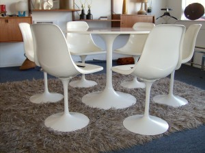 WOW, check out these beauties - we have 6 Saarinen style 1960's tulip chairs - they are in really nice clean condition - Only $95 each