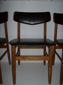 Incredibe set of 6 Danish teak dining chairs - great design - perfect for your Mid-century modern inspired dining area!!! - (SOLD)