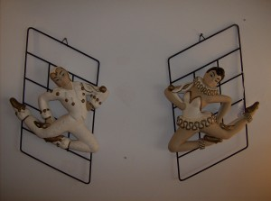 Incredible pair of vintage Chalkware wall plaques made in Canada by Favor Ware - excellent condition - (SOLD)