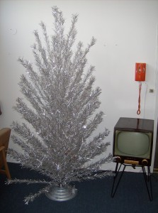 Do you need a vintage 7 foot tall Christmas tree w/musical rotating base for a prop in a movie/commercial ?  If so give us a ring... we have many other great Mid-century modern props available for rental