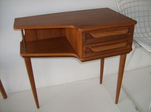 Wonder small Danish teak telephone table with 2 drawers - and you see it correctly, it stands on 3 legs - made in Denmark by CFC Silkeborg - (SOLD)