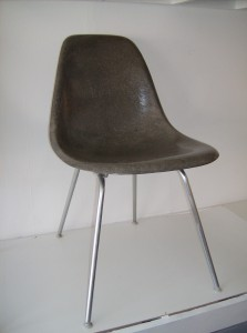 Spectacular Original vintage Eames fiberglass side chair on an original vintage H base - excellent condition - (SOLD)