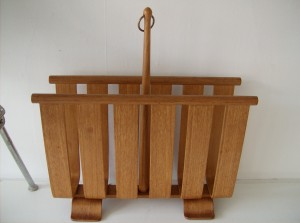 Stunning Mid-century modern bentwood magazine rack - by Yamaguchi - excellent condition - (SOLD)