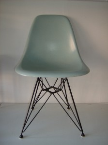 Unbelievably mind-blowing super RARE baby blue original Eames fiberglass side chair for Herman Miller on an original vintage eiffel tower base with the original glides -super condition - (SOLD
