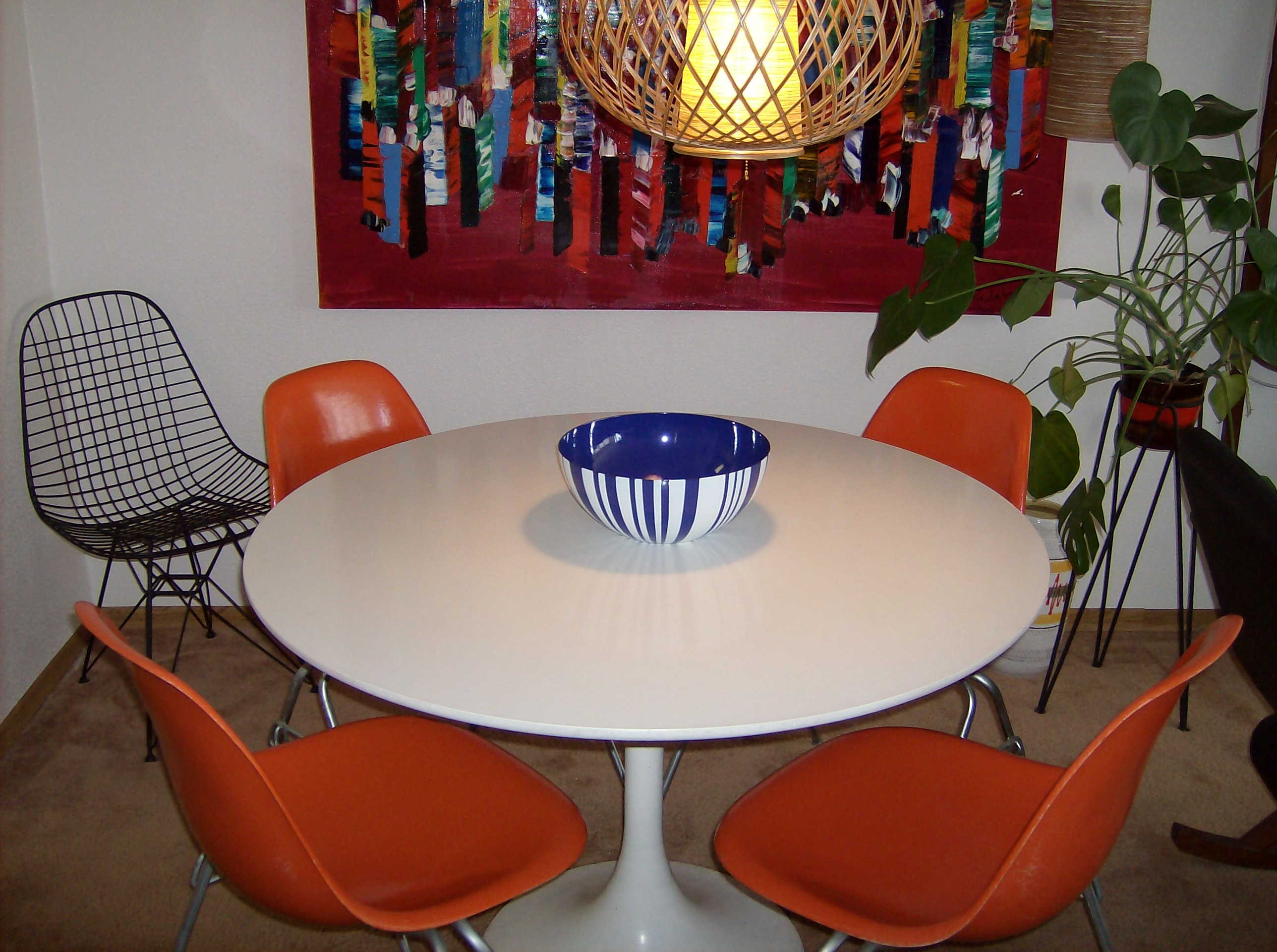 thefabfind chairs. The Fabulous Find   Mid Century Modern Furniture Showroom in