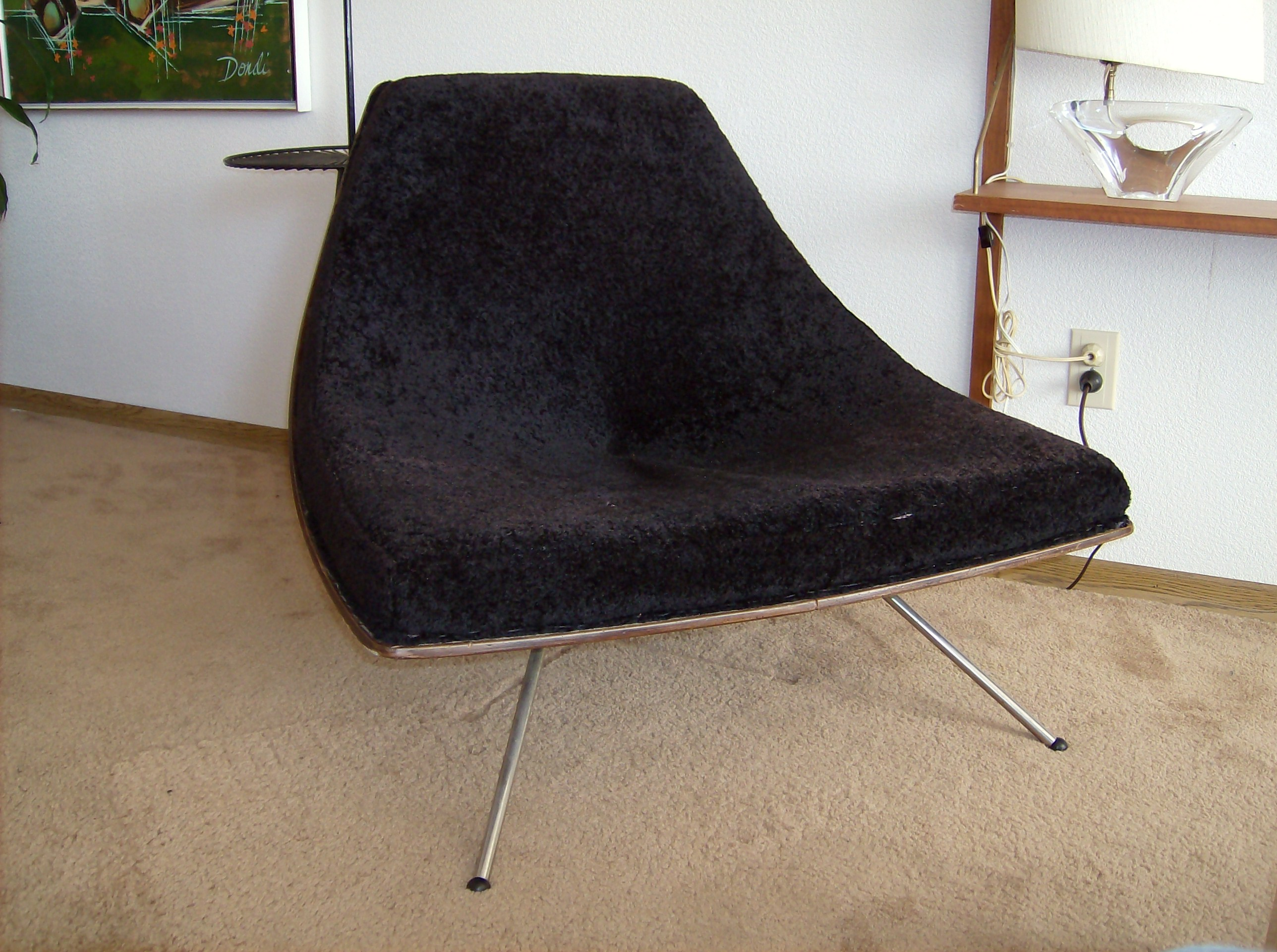 Arguably one of the most Iconic Canadian designs   the Winnipeg chair  designed and Manufactured by. The Fabulous Find   Mid Century Modern Furniture Showroom in