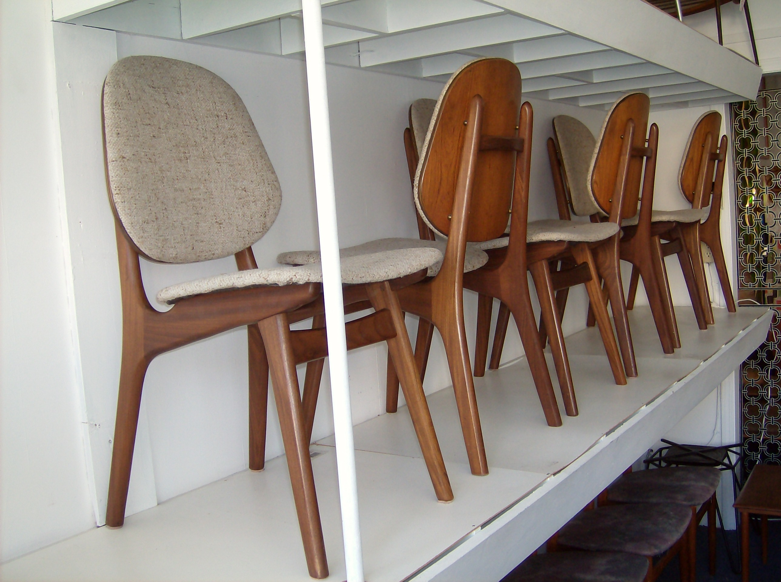 the fabulous find  mid century modern furniture showroom in  - gorgeous set of  midcentury modern teak dining chairs wthe originaloatmeal
