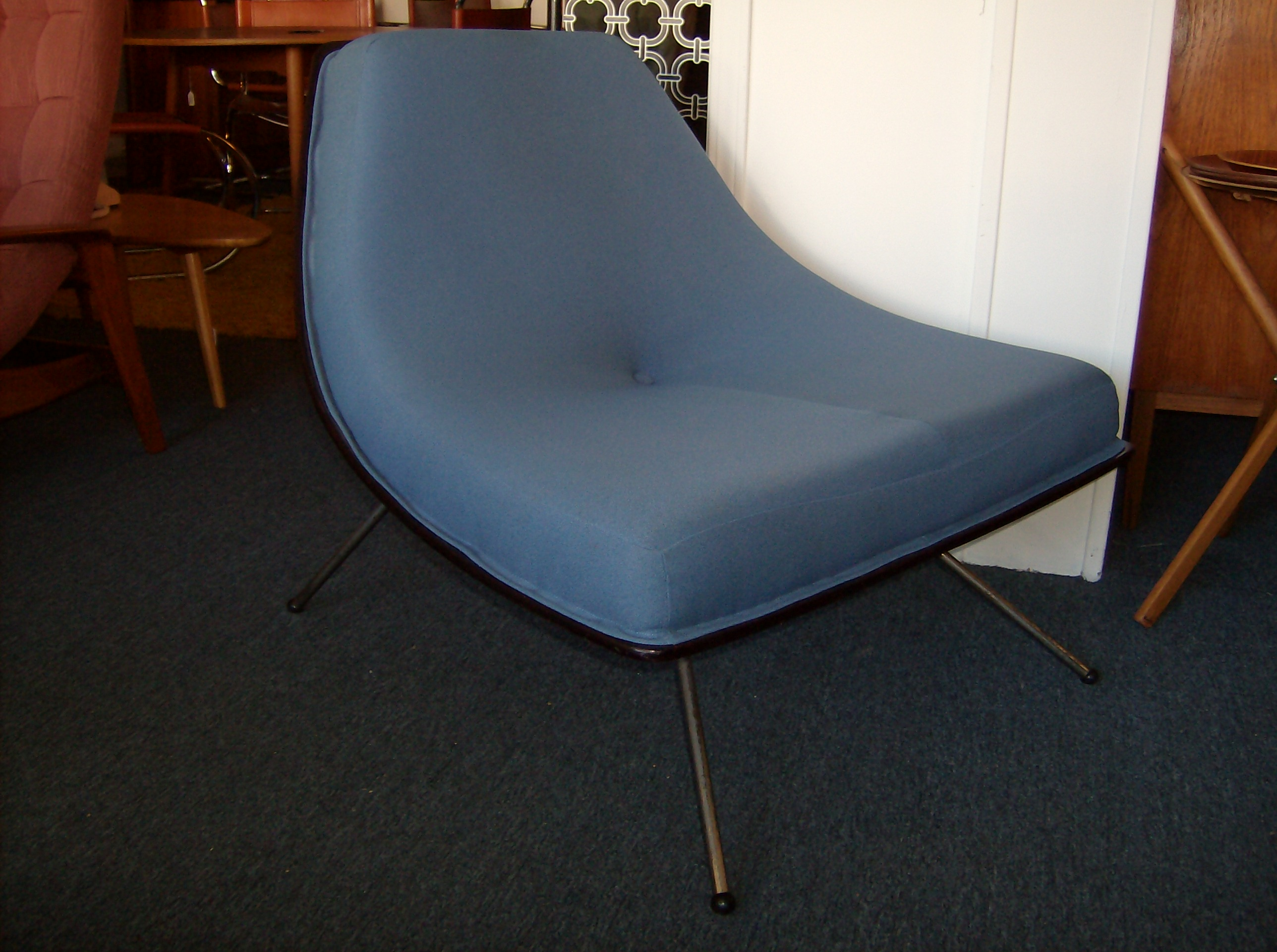 003. The Fabulous Find   Mid Century Modern Furniture Showroom in