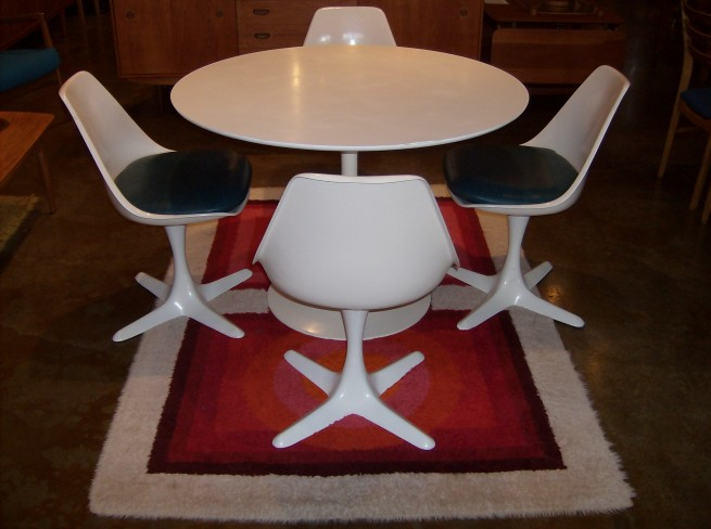 Spectacular 1960′s tulip table set made by Burke Inc – USA – fantastic quality – very good vintage condition – $1,200